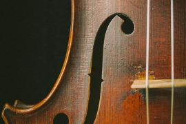 Geige oder Bratsche Symbolfoto