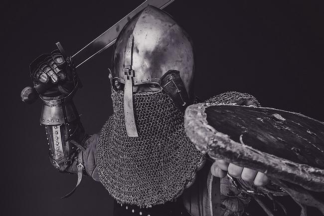 Ritter in Schwarz weiß