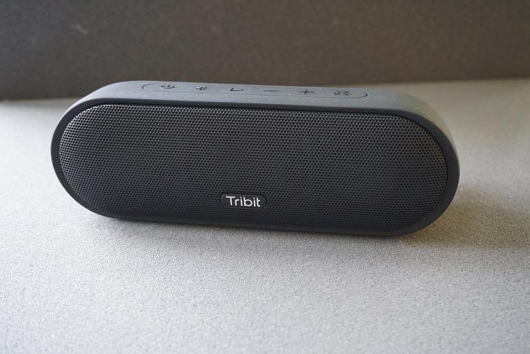 Tribit MaxSound Plus Bluetooth Lautsprecher Vorderseite