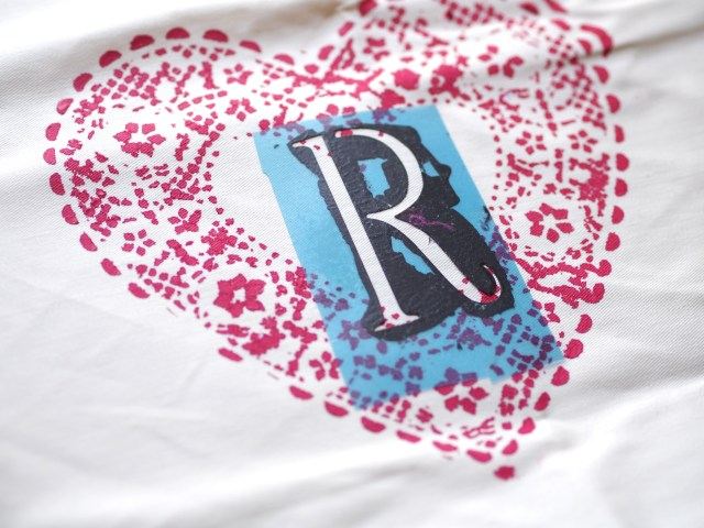 DIY heart doily apron using initial stencil | Poplolly co