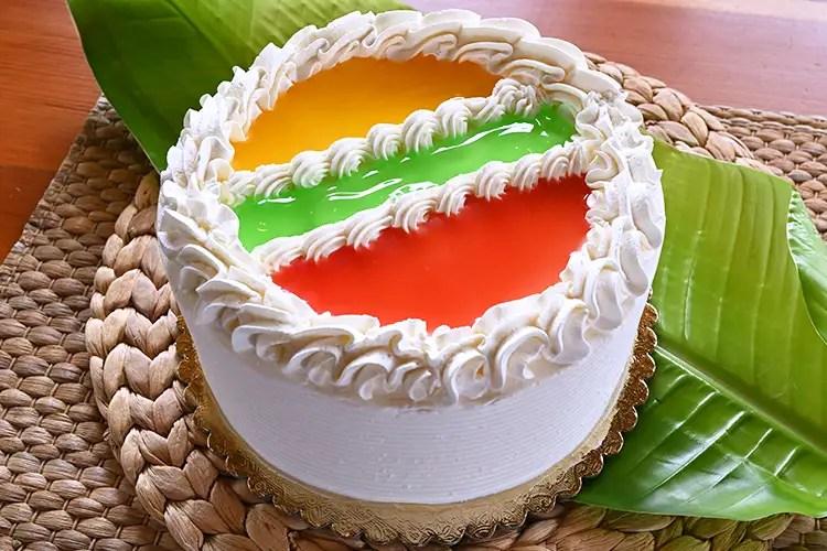 Paradise Cake Bakery King S Hawaiian Bakery And Restaurant Hawaiian Restaurant In Ca