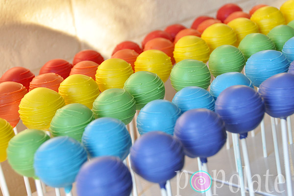 Rainbow Cake Pops Popolate