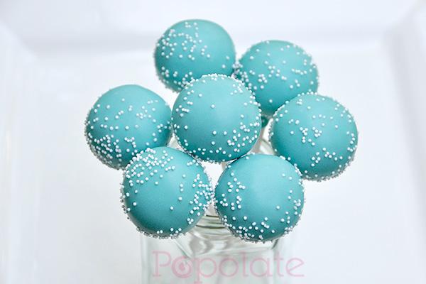 Sprinkle cake pops