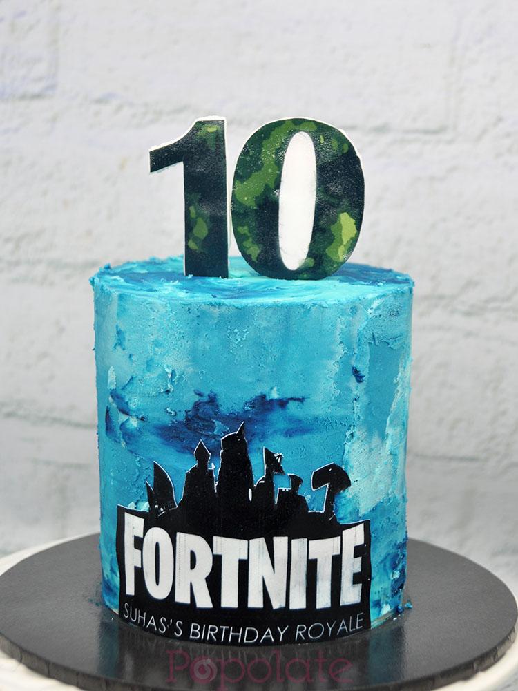 5 inch mini Fortnite cake
