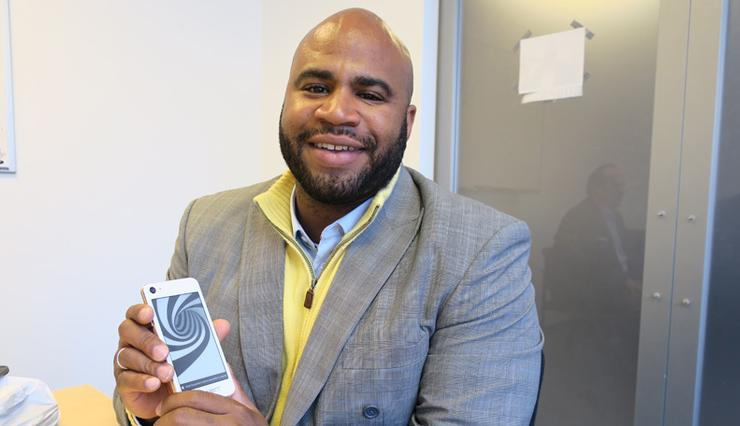 Business Spotlight – Darius Allen, CEO, SIAM Smartphones