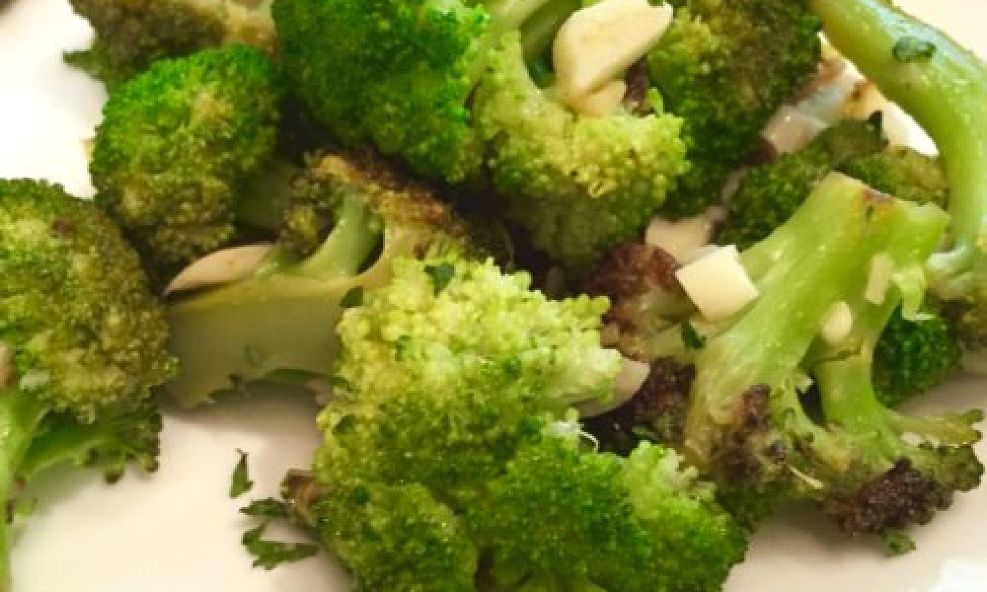 Sautéed Broccoli with Garlic and Lemon