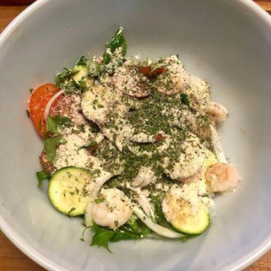 Shrimp Tossed Salad5 poppopcooks.com