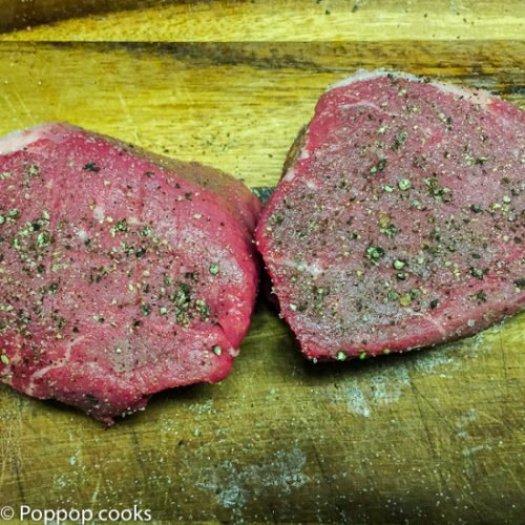 Beef Tenderloin Steaks Sauteed in Red Wine and Garlic Sauce-6.jpoppopcooks.com