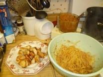 Chopped Chicken, Pasta & Sauce