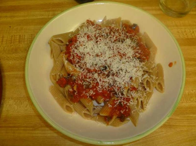 Red Pepper Mostaccioli Plated