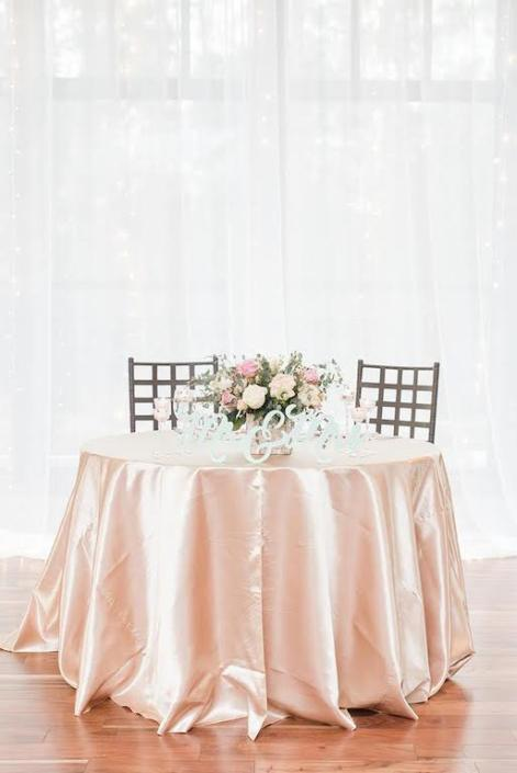 sweetheart table flowers