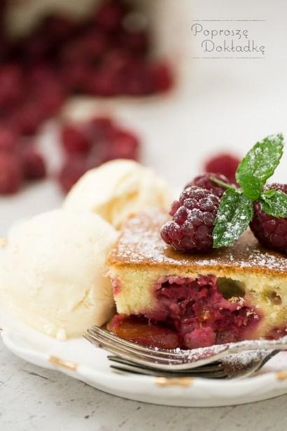 owoce zapiekane pod ciastem