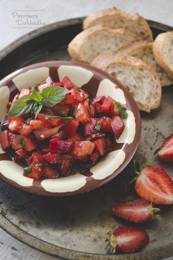 Salsa truskawkowo-pomidorowa przepis
