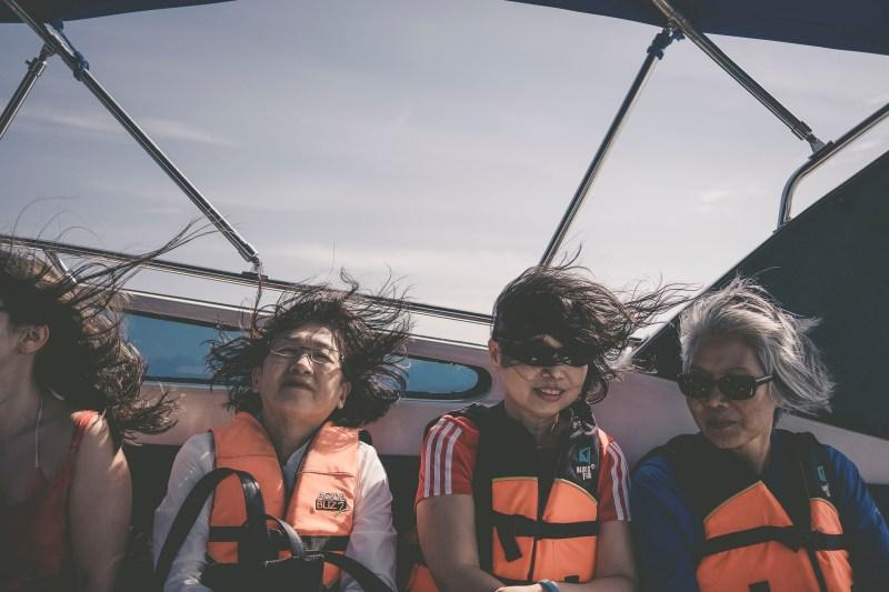 jazda speedboat'em - fryzury Pań mówiąc same za siebie :-)