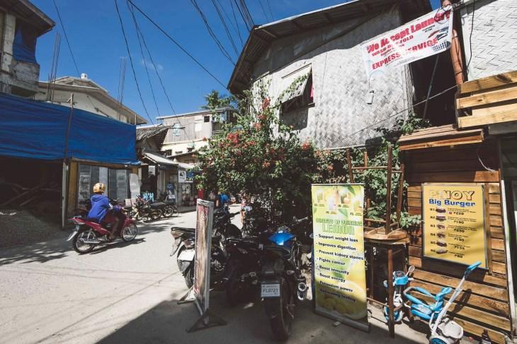 ulicami miasteczka El Nido