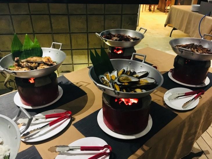 barbecue night w hostel, jeden z najlepszych filipińskich posiłków!