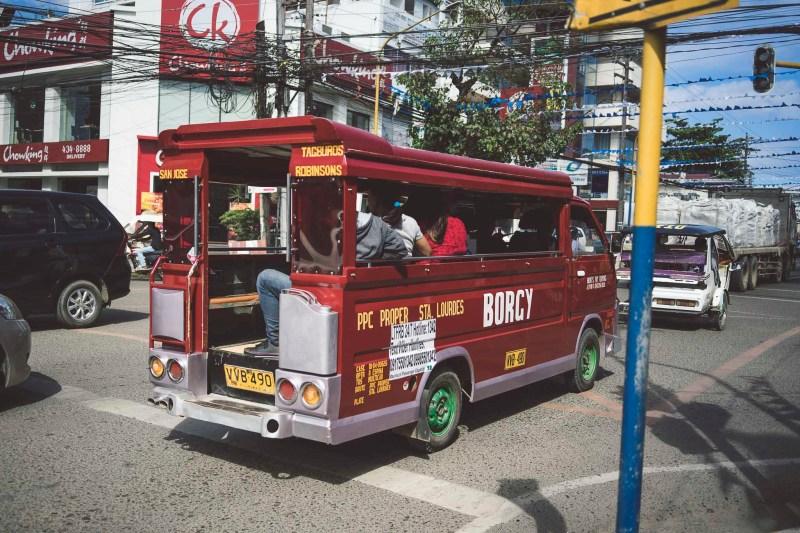 Miejski jeepney
