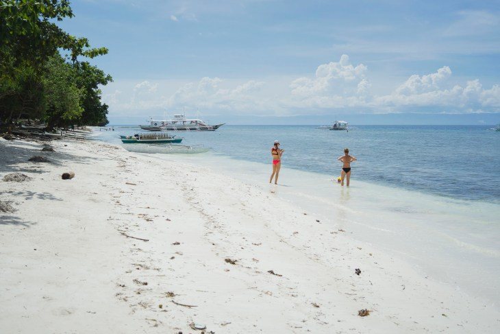 Momo Beach