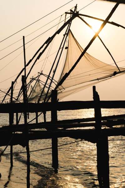 Chińskie sieci rybackie, wizytówka Koczi, Kerala, Indie