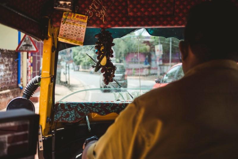 Z wnętrza rikszy, Indie