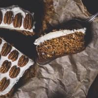 Lekkie i zdrowe ciasto marchewkowe