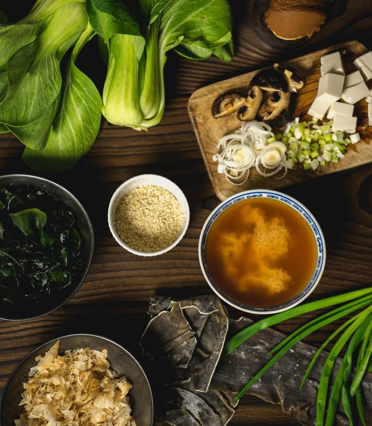 japońska zupa miso misoshiru