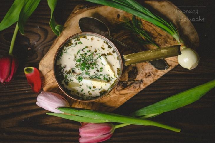 zupa chrzanowa na wędzonych żeberkach
