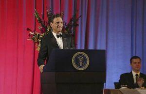 Scandal: Fitz sofre ameaça em campanha de reeleição