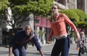 Supergirl: terremoto causa danos em National City