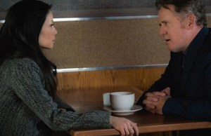 Elementary: quem é a namorada do Capitão Gregson?