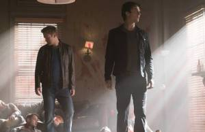 The Vampire Diaries: Damon e Alaric caçam juntos