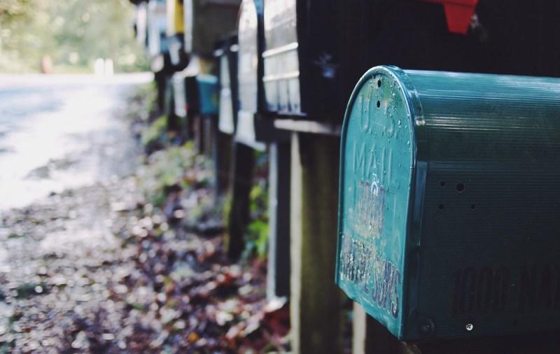 mailbox subscription box business