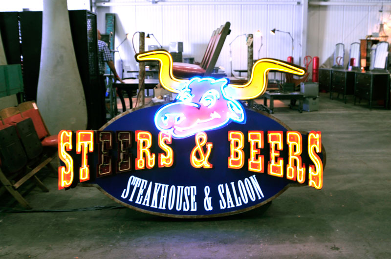 neon-signs-and-furniture-at-vintique-flea