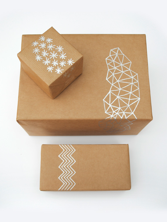 hand-drawn-giftwrap diy packaging ideas pop shop america
