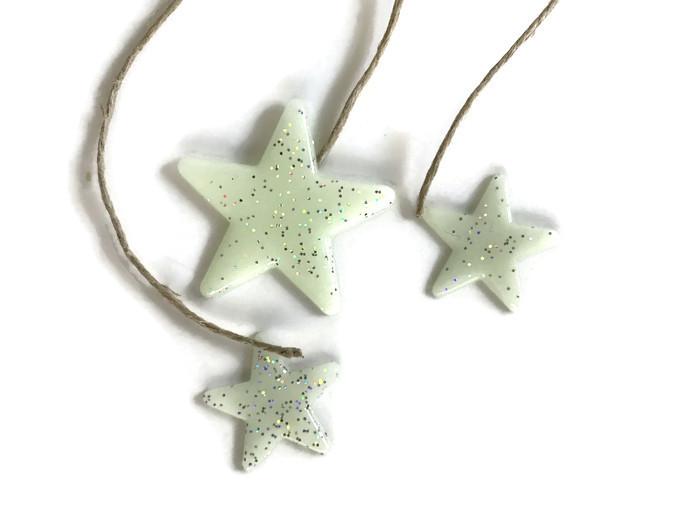 attach the stars to the string diy mason jar night light