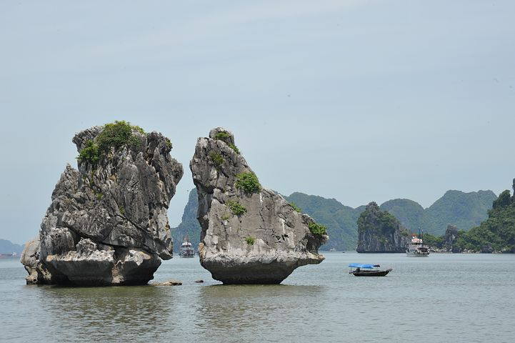 Ha Long Bay Two rocks-Popsicle Society
