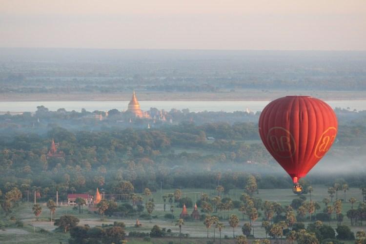 Myanmar_Balloons-over-bagan-Popsicle Society