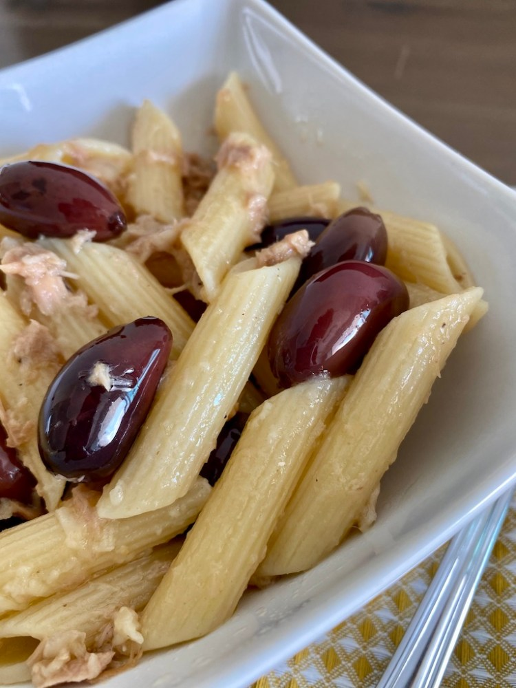 PopsicleSociety-penne with tuna and olives_6597