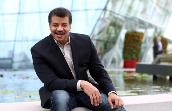 Host of Cosmos - A Spacetime Odyssey, Neil deGrasse Tyson  (4)