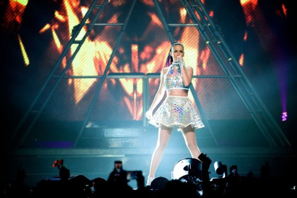Katy-Perry--The-Prismatic-World-Tour-in-Melbourne--15