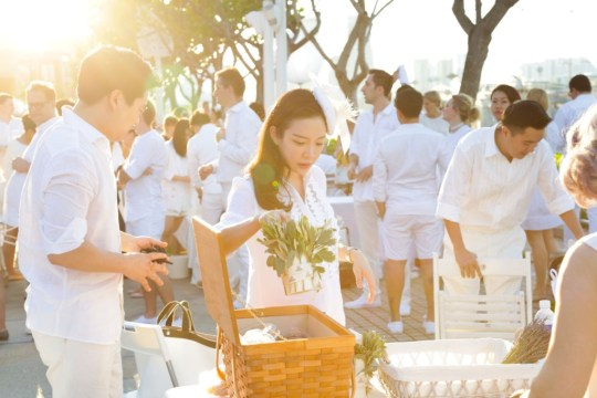 Diner en Blanc 2017 Singapore photo Chab Events Set Up 6