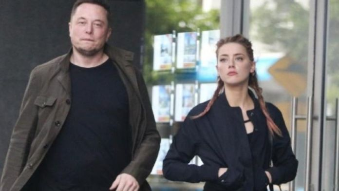 Elon Musk appears to have a black eye in these Amber Heard pictures