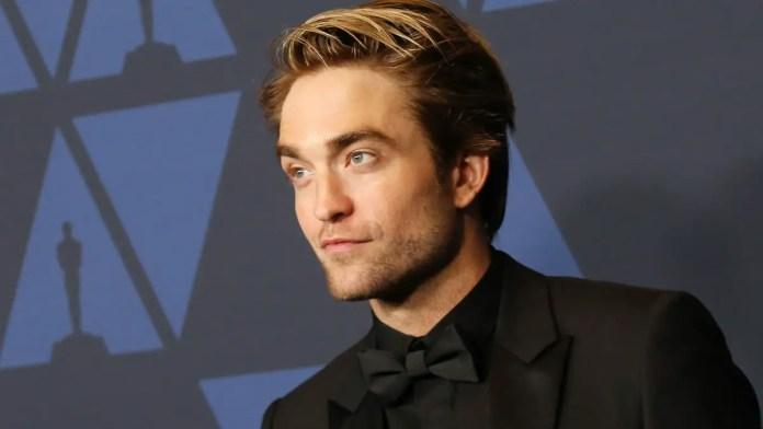 The Batman photos show Pattinson's Bruce Wayne like Joker's brother