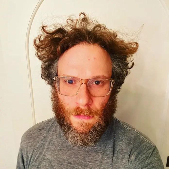 Seth Rogen looks like a hipster