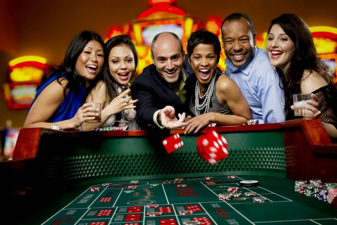 How do you check an online casino's trust and reputation?