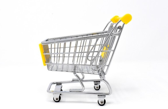 ea34b40b29f0093ed1584d05fb1d4390e277e2c818b4144694f4c77aafed 640 - Steps To Making Online Shopping Fun And Safe