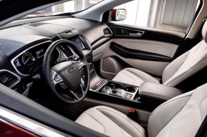 2020 Ford Edge Interior