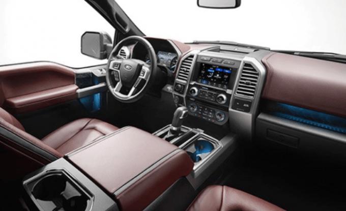 2021 Ford 150 Interior