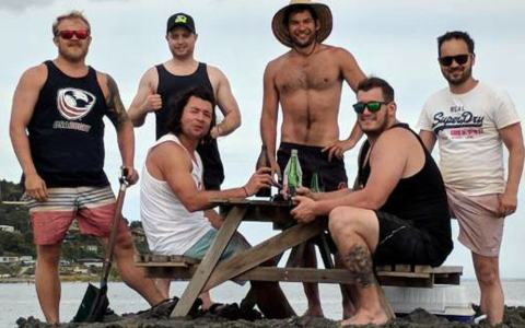 A Group of New Zealanders Build a Tiny Private Island in International Waters to Avoid Public Drinking Fines on NYE 2