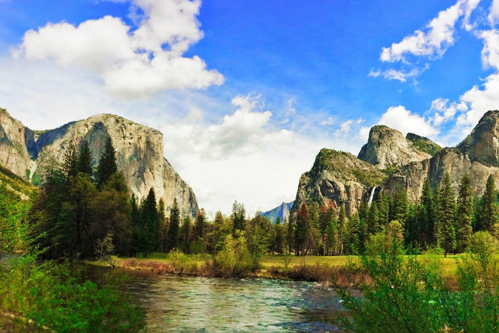 2017 Best Family Vacation for All Ages Around the World - Yosemite National Park